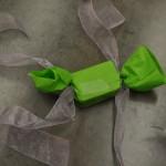 Tying Ribbon