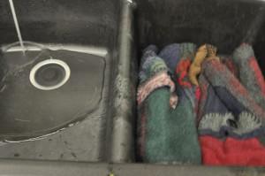 Filling sink for conditioner